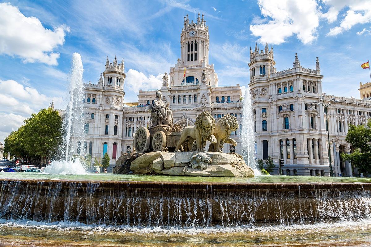 Big 1435859252 cibeles fountain in madrid 34