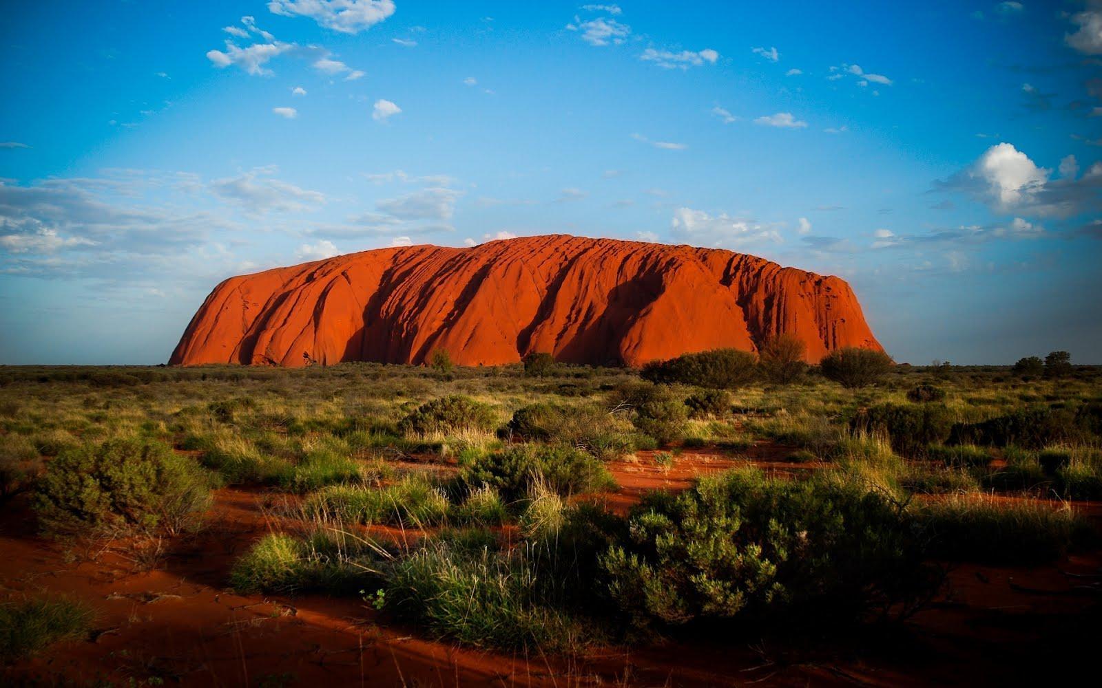 Big uluru australia