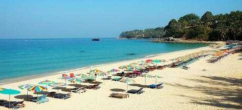 пляж Най-Янг